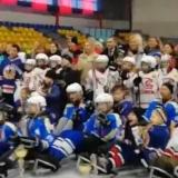 Успешно завершился первый сезон детской следж-хоккейной команды